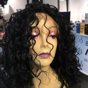 Accessories - Wig Swisslace Lacefront Black Curly Wig